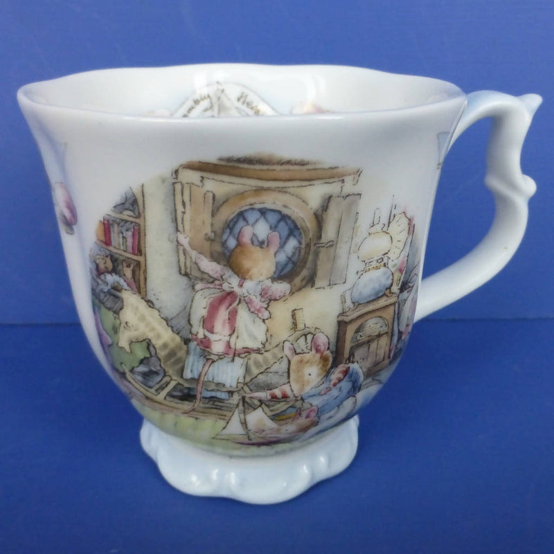Royal Doulton Brambly Hedge Sea Story Beaker - Rigging The Boat (Boxed)