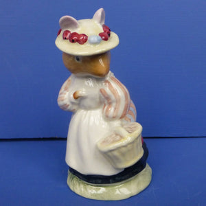 Royal Doulton Brambly Hedge Figurine Lady Woodmouse DBH5
