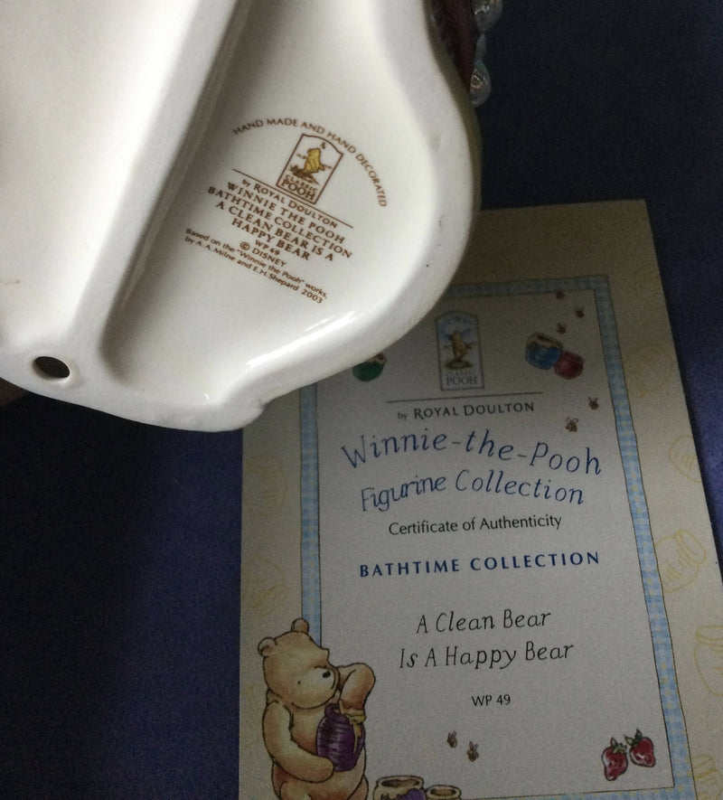 Royal Doulton Winnie The Pooh A Clean Bear Is A Happy Bear WP49 2003-5 Boxed with Certificate