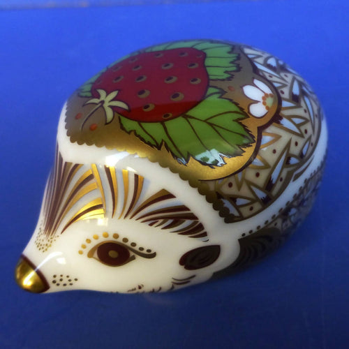 Royal Crown Derby Paperweight - Strawberry Hedgehog (Boxed)