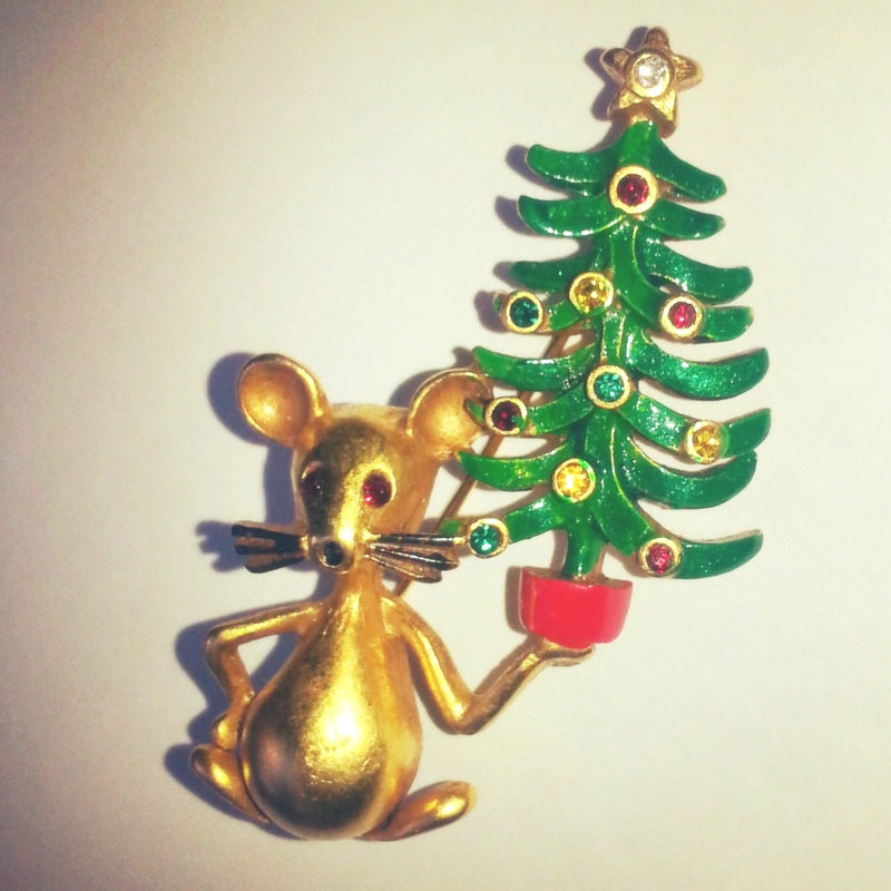 Butler & Wilson Christmas Mouse holding Christmas Tree Brooch Pin