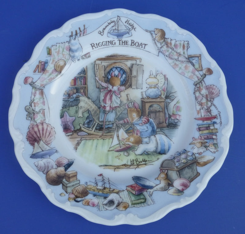 Royal Doulton Brambly Hedge Large Sea Story Wall Plate - Rigging The Boat (Boxed)
