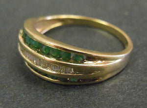 9ct gold, emeralds and diamonds ring