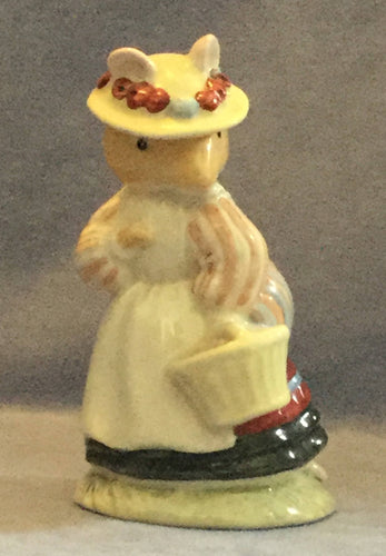 Royal Doulton Brambly Hedge Lady Woodmouse DBH5