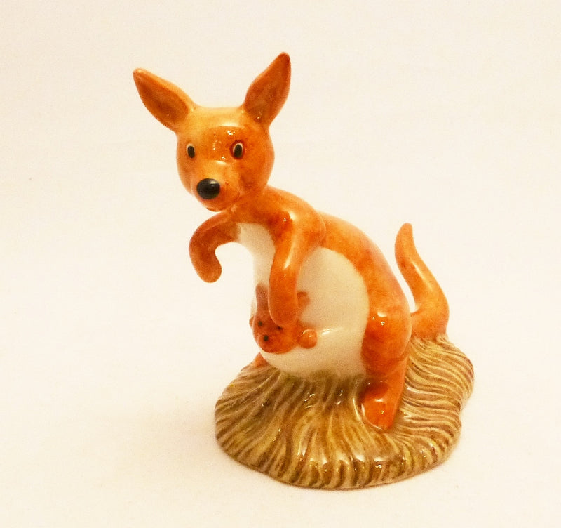 Royal Doulton Winnie the Pooh Figurine - Kanga and Roo - WP8 (Boxed)