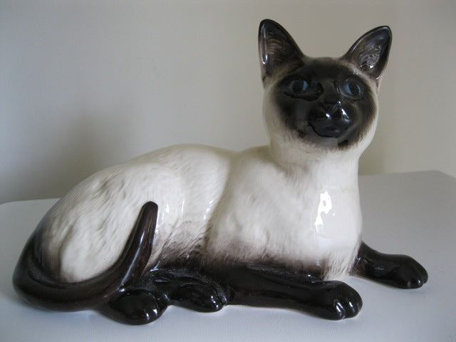 Royal Doulton Persian Cat Lying