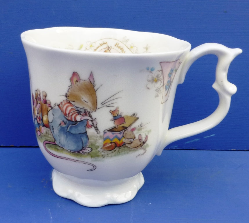 Royal Doulton Brambly Beaker - Birthday (Full Size)