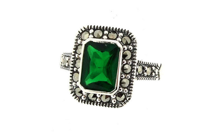 Silver Emerald Green Marcasite Ring