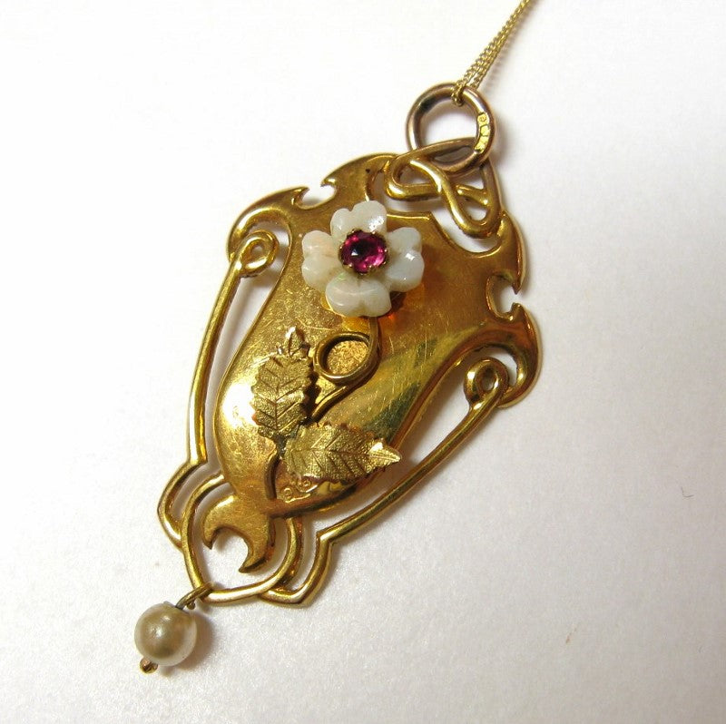 Antique Art Nouveau 9ct Gold & Carved Opal Flower Pendant