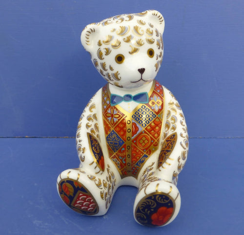 Royal Crown Derby Paperweight Teddy Bear (Boxed)