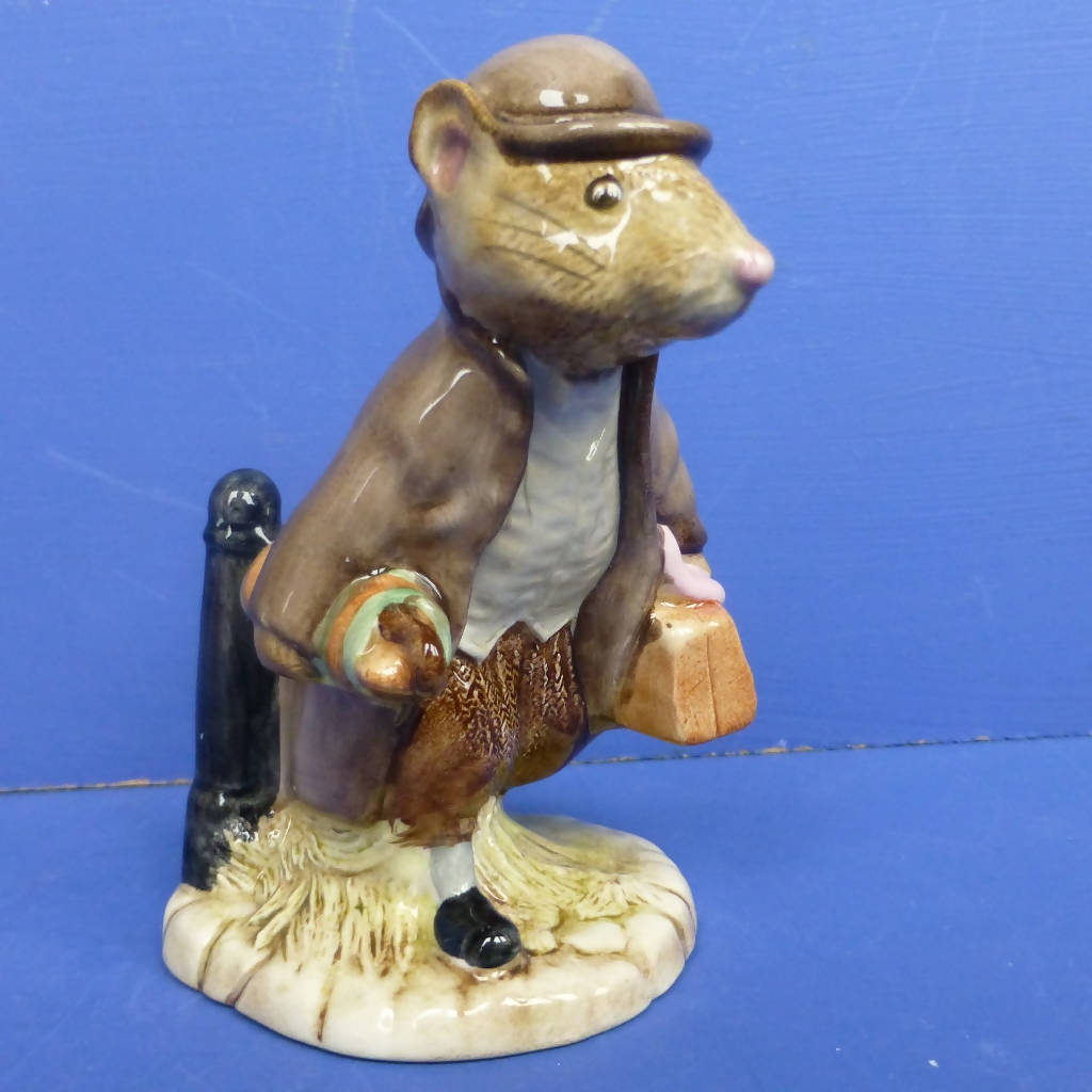 Royal Albert Beatrix Potter Figurine - Johnny Townmouse with Bag (Boxed)