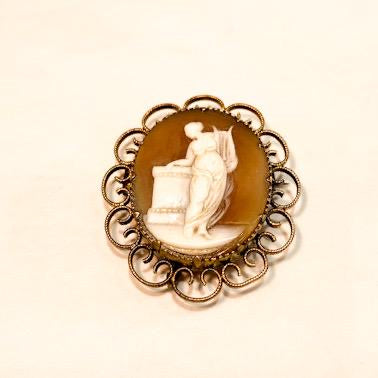 Vintage Cameo Mourning Brooch