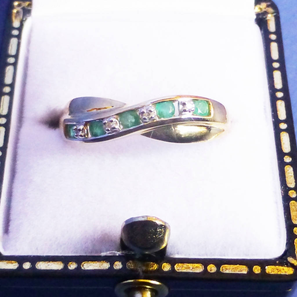 9ct Gold Emerald and Diamond Ring Size N
