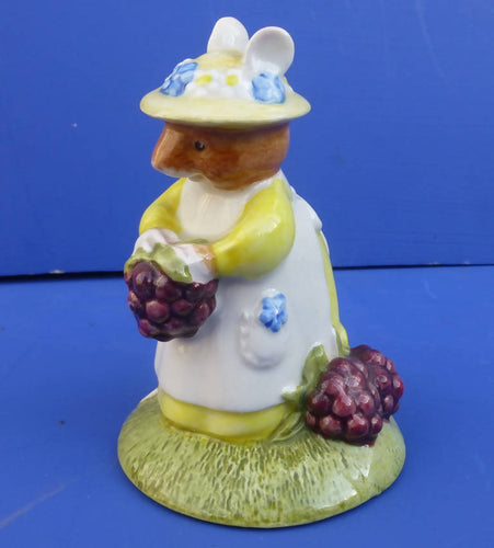 Royal Doulton Brambly Hedge Figurine Primrose Picking Berries DBH33 (Boxed)