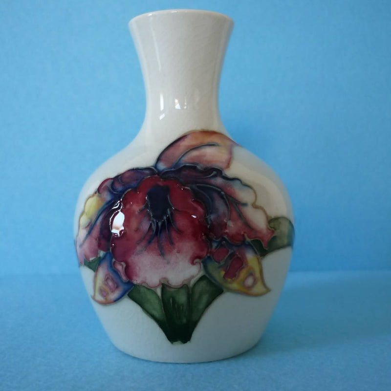 Moorcroft Vase in the Orchid Pattern. Date c1950's -1960's.