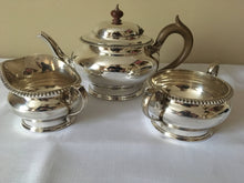 George V silver tea service. London 1929/30 Edward Barnard & Sons Ltd. 34 troy ounces.