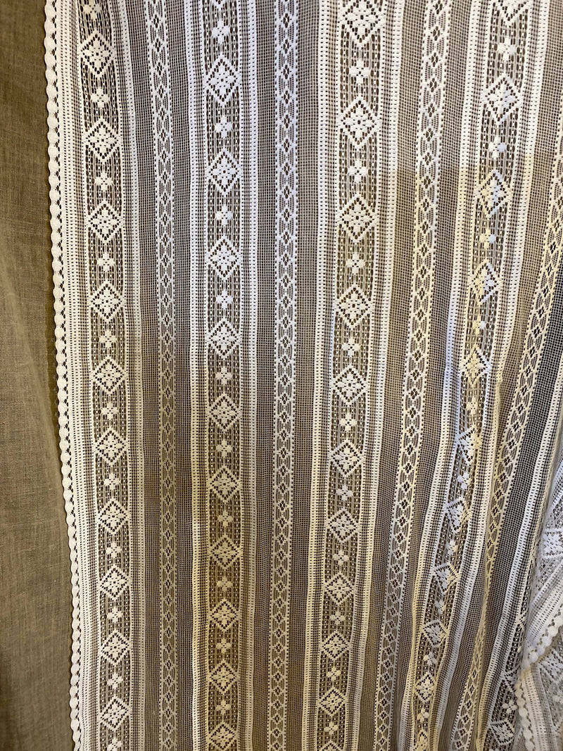 "Lille beautiful C1930 Lace Curtain Panel 50""/70"""