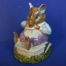 Royal Doulton Brambly Hedge Figurine Mr Toadflax DBH10 B without cushion (Boxed)