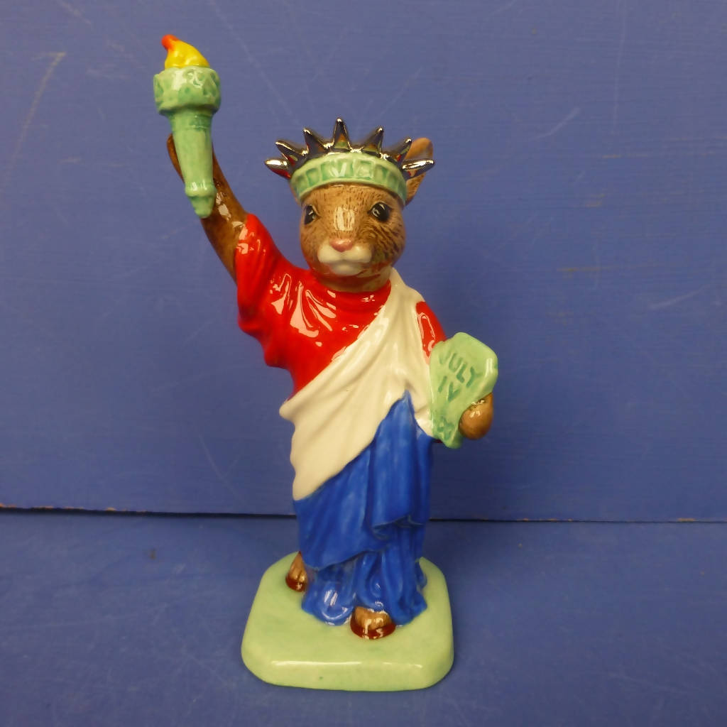 Royal Doulton Bunnykins Figurine - Statue of Liberty (Boxed)