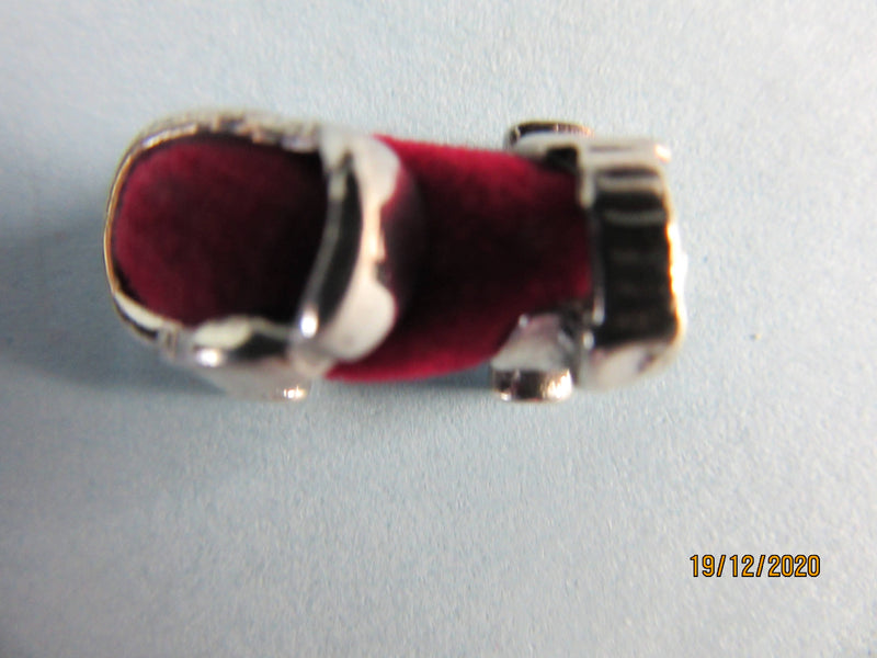 Sterling Silver Miniature Roller Skate pin cushion