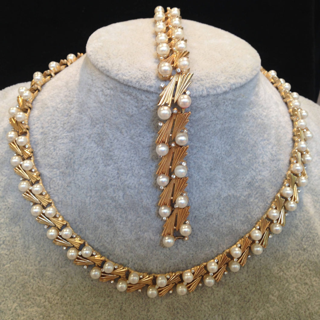 Vintage Trifari faux pearl and diamanté necklace and bracelet set