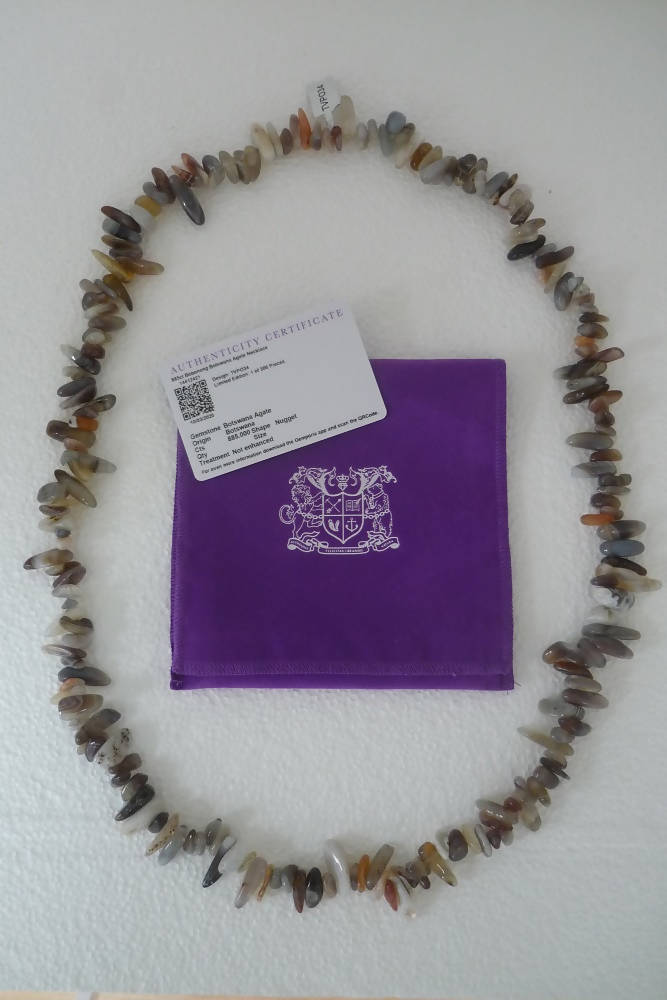 A Limited Edition Agate Necklace with Certificate of Authenticity