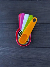 Happy Colorful Measuring Cups