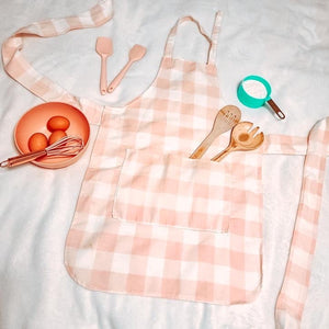 Womens Ale Pink Buffalo Check Baking Apron