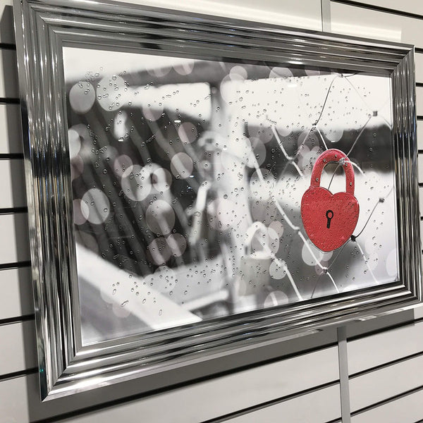 Red Heart Lock 105cm x 75cm