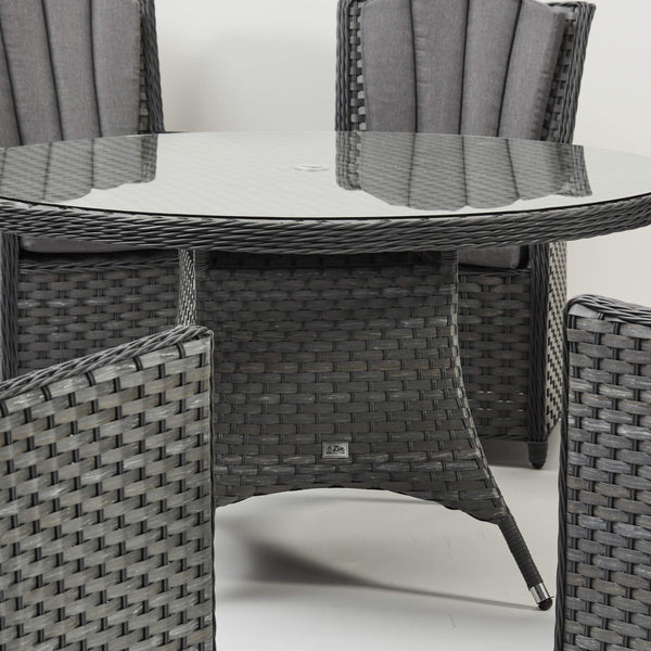Skanda Round 6 Seater Dining Set