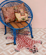 Load image into Gallery viewer, Pinky Leopard Rug - Small
