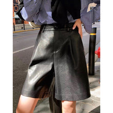 Load image into Gallery viewer, Faux leather tailored Bermuda shorts