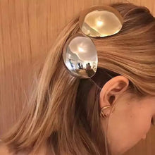 Load image into Gallery viewer, Metallic stone hair clip