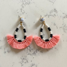 Load image into Gallery viewer, Holbox earrings