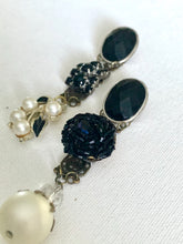Load image into Gallery viewer, Regina Earrings