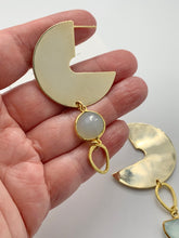 Load image into Gallery viewer, Moon Phase Earrings