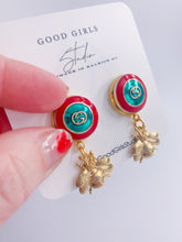 Load image into Gallery viewer, What's the Buzz GG Button Bee Earrings