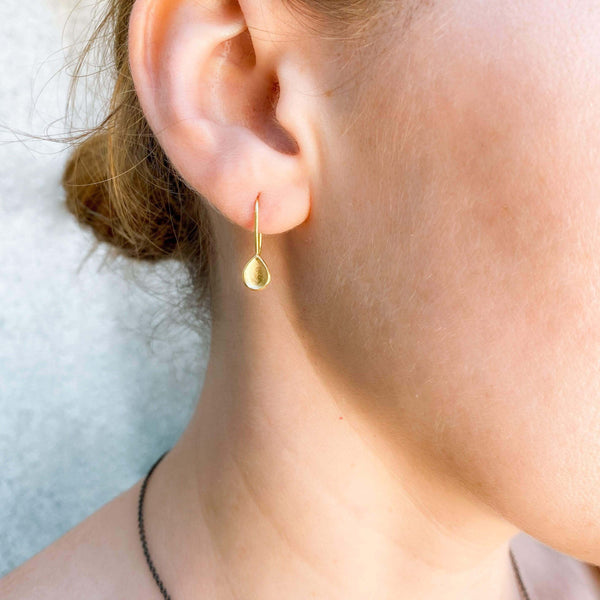 18K Teardrop Earrings | Yellow Gold Earrings
