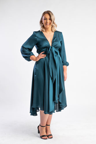 Fanciful Dress Sheike, satin green long sleeve dress