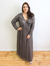 Load image into Gallery viewer, Grey sequin tulle dress with sleeves