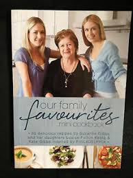 Our Family Favourites  Mini Cookbook  Suzanne Gibbs and Daughters