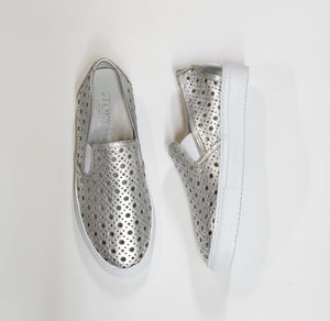 Stokton Silver Leather Detail Slip On 642D