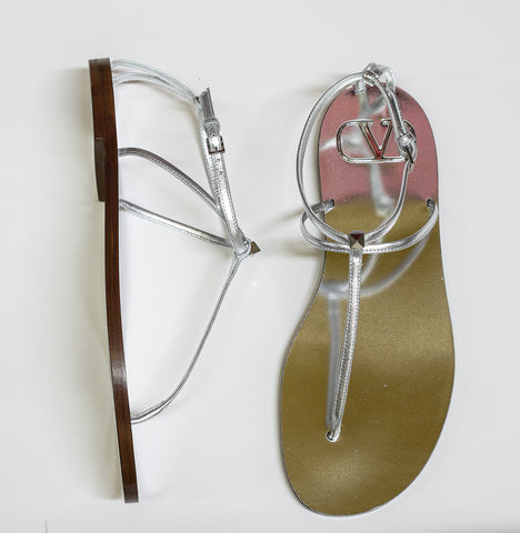 Valentino Silver Leather Thongs SW20L45