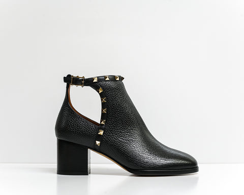 Valentino Women's Black Leather Stud Ankle Boots 2W2S0N82