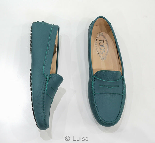 Tod's Women's Green Leather Moccasin G0001