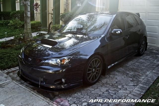 APR Carbon Fiber Wind Splitter With Rods STI 08+ |
