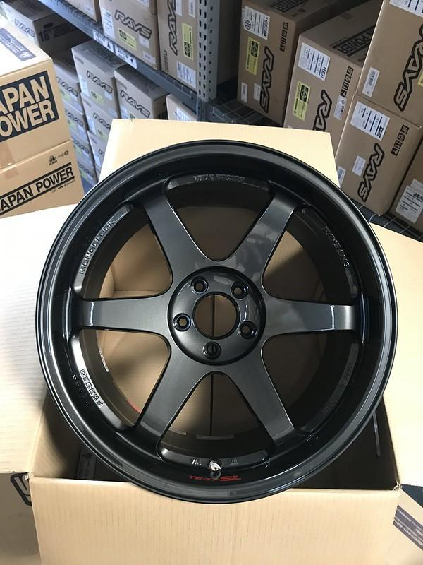 Volk Racing TE37SL - 19x9.5 +22 5x114.3 - Diamond Black