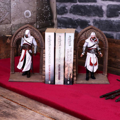 Assassin's Creed Altair and Ezio Bookends