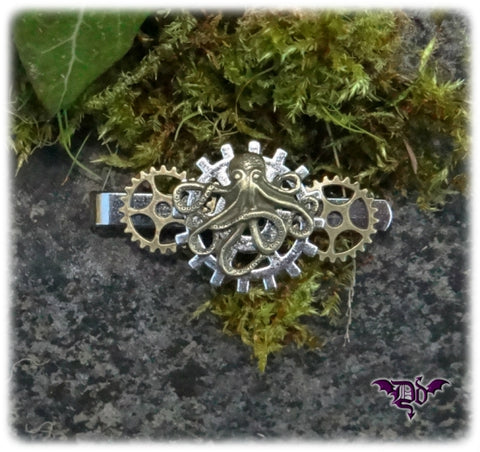 Dragophelion Designs Steampunk Tie Clip with Octopus and Gears - Angel Clothing