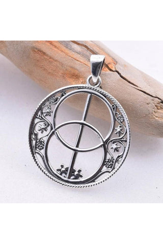 Seventh Sense Chalice Well Pendant Silver | Angel Clothing